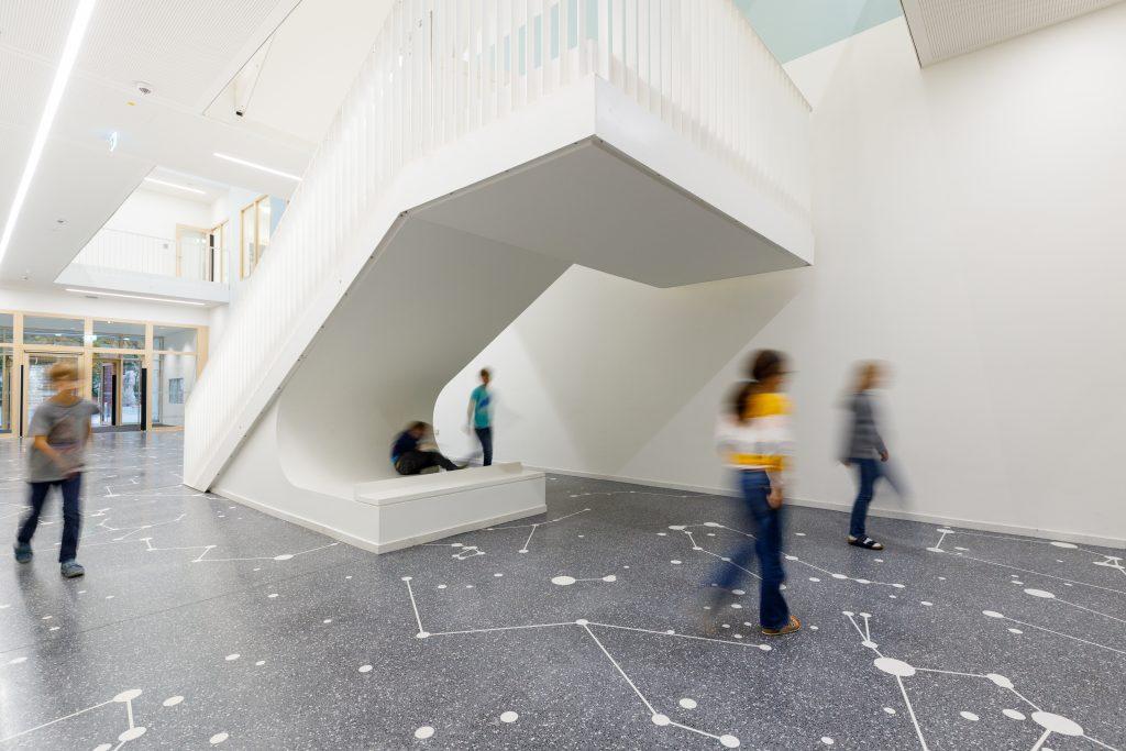 Hochstraße 29 Grundschule Kunst am Bau . Fotograf: Peter Schinzler.